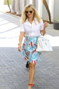 Reese Witherspoon | Out & about in LA | August 21 | 26 pics