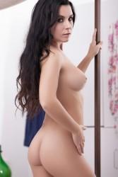 http://thumbnails112.imagebam.com/34714/9fb0bf347134253.jpg