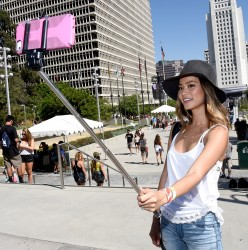 a8c421348525559 Jamie Chung at the 2014 Budweiser Made in America Festival in Los Angeles   August 30, 2014   24 HQ candids