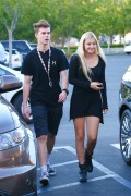 Ava Sambora | Heading to Sugarfish in Calabasas | September 10 | 20 pics