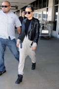 Nicole Richie - makes her way through LAX airport in Los Angeles 9/16/2014 - 9HQ