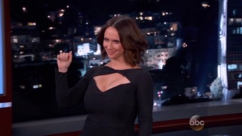 JENNIFER LOVE HEWITT - BIG MOMMY BOOBs - Jimmy Kimmel 09,29,14