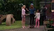 """Peyton Roi List & Debby Ryan - """"Jessie"""" S3E21"""