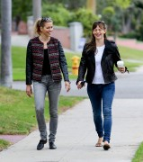 Jennifer Garner Spotted out with a friend in Los Angeles October 10-2014 23
