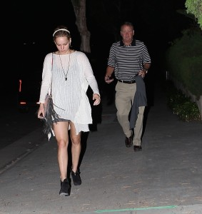Jennifer Lawrence Out in LA, 10/27/14 5