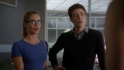 "Emily Bett Rickards ""The Flash"" season 1 episode 4"