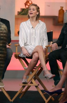 Jennifer Lawrence 'Good Morning America' in NYC 11/13/14 7