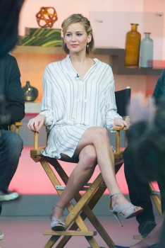 Jennifer Lawrence 'Good Morning America' in NYC 11/13/14 22