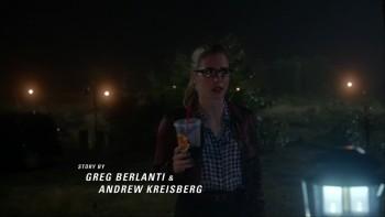 Emily Bett Rickards - The Flash S01E08 1080p