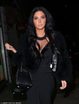 Tulisa Contostavlos - Metro Christmas Party - x 9 lq