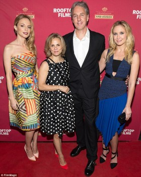 Heather Graham - Goodbye To All That Premiere - New York - x 3 lq