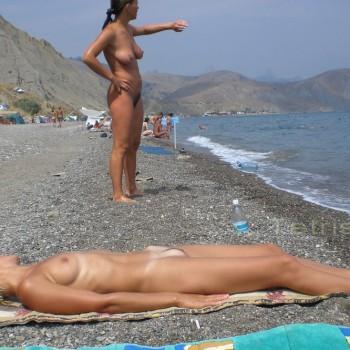 Голые фото с пляжа