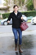 Jennifer Garner spotted out doing some Christmas shopping in Santa Monica December 16-2014 x19