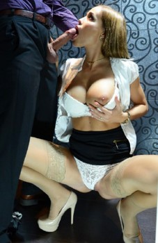 Satin Bloom Anal in Restaurant Toilet 1080p Cover