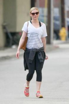 Kirsten Dunst - Los Angeles - x 5 lq