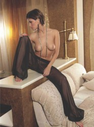 http://thumbnails112.imagebam.com/37472/9d99f4374719268.jpg
