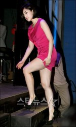 Ham Eun-jung in a very short dress attends the press conference of horror movie 'White' 5/19/11