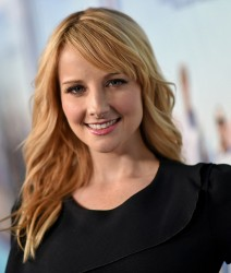 Melissa Rauch at 'Togetherness' premiere in Hollywood,  January 6, 2015 x11