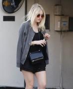 Dakota Fanning - Shopping in Beverly Hills 1/8/15