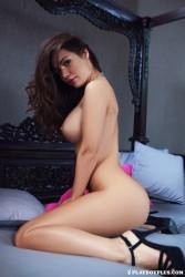 http://thumbnails112.imagebam.com/38271/60907b382709843.jpg