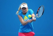 Caroline Wozniacki - practice session in Melbourne January 22-2015 x5