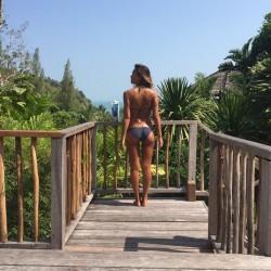 Jessica Alba - Bikini Instagram Pic (BOOTY)1/25/15