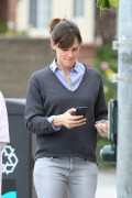 Jennifer Garner Leaving Menchie's Frozen Yogurt in LA January 29-2015 x19