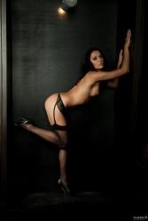 http://thumbnails112.imagebam.com/39323/28e18c393227809.jpg