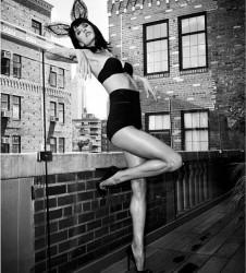"Alessandra Ambrosio - Twitter ""The Balcony"" - March 12, 2015"