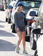 Reese Witherspoon Out and about in Santa Monica March 16-2015 x14