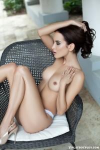 http://thumbnails112.imagebam.com/39830/009a28398299033.jpg