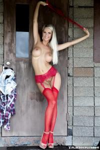 http://thumbnails112.imagebam.com/39840/58da5d398395314.jpg