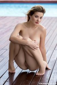 http://thumbnails112.imagebam.com/40040/7fdd1d400397415.jpg