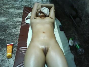 http://thumbnails112.imagebam.com/35686/e81d3e356857622.jpg